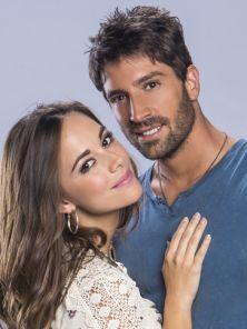 en otra piel novela | ... Santacruz es Camila Larrea en la novela de Telemundo En Otra Piel