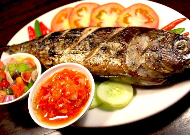 Cakalang bakar rica (fish)