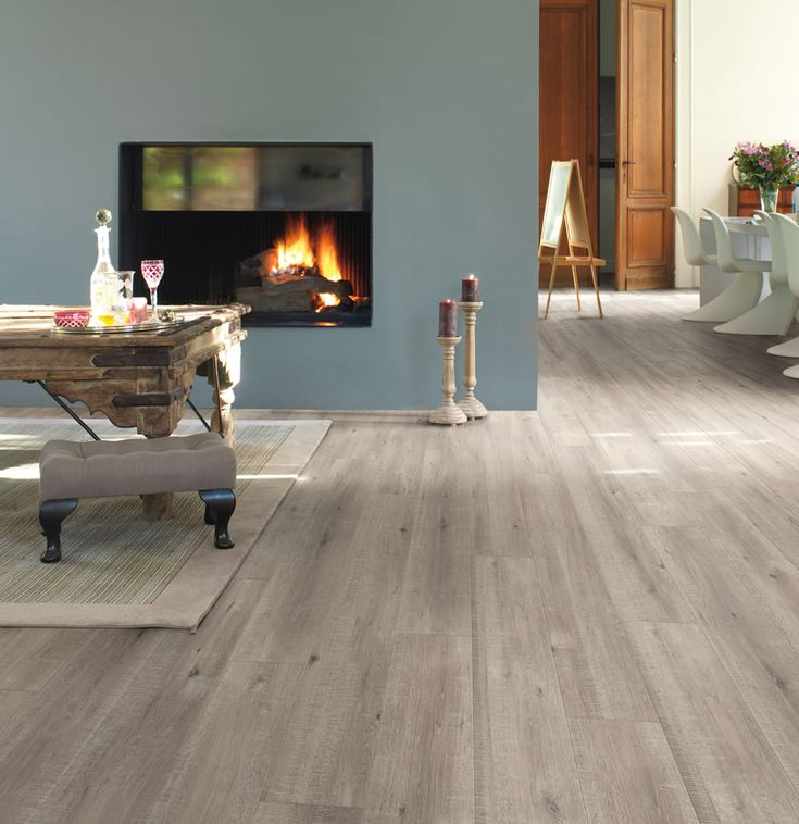Per Quickstep Impressive Sawcut Oak Grey Laminate Flooring. Its Wide Planks  Will Make The Ambience In The Room Feel Homely And Welcoming