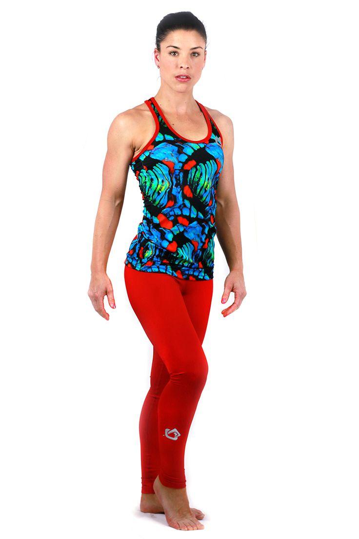 FOHER Stelher Run singlet paired with Red legging.
