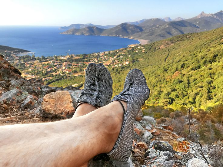 http://bit.ly/2d153xk The #paleos !Barefoot!Shoes! From the sea, over beach, countryside, forests to the mountains! #chainmailshoes by #gostbarefoots #naturelovers #lovethewoods #watersports #barefootrunning #barefootshoes #barfußschuhe #perception #safety #outdoor #lifestyle #fun