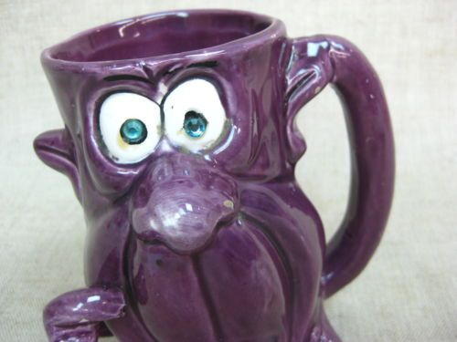 Vtg-Kreiss-Psycho-Ceramics-Purple-Coffee-Mug-w-Green-Rhinestone-Eyes