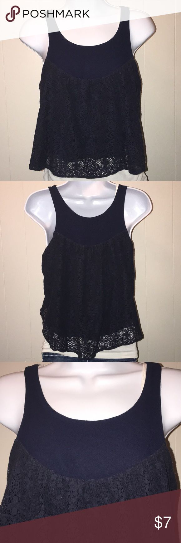 Juniors Abercrombie and Fitch Crop Tank Juniors Abercrombie and Fitch Crop Tank size Small Abercrombie & Fitch Tops Tank Tops