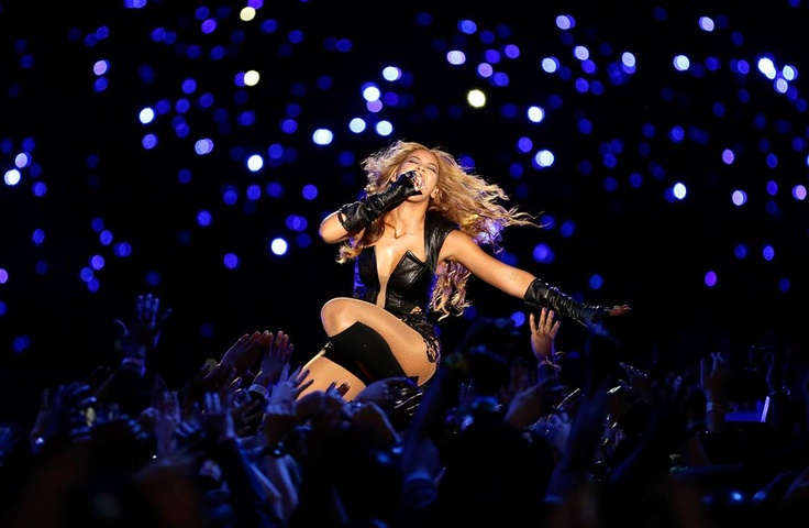 The Superdome partially lost power after Beyonce's halftime show, leading many to joke that her electric performance took down the lights. (Photo: Ezra Shaw / Getty Images) #SuperBowl #SB47