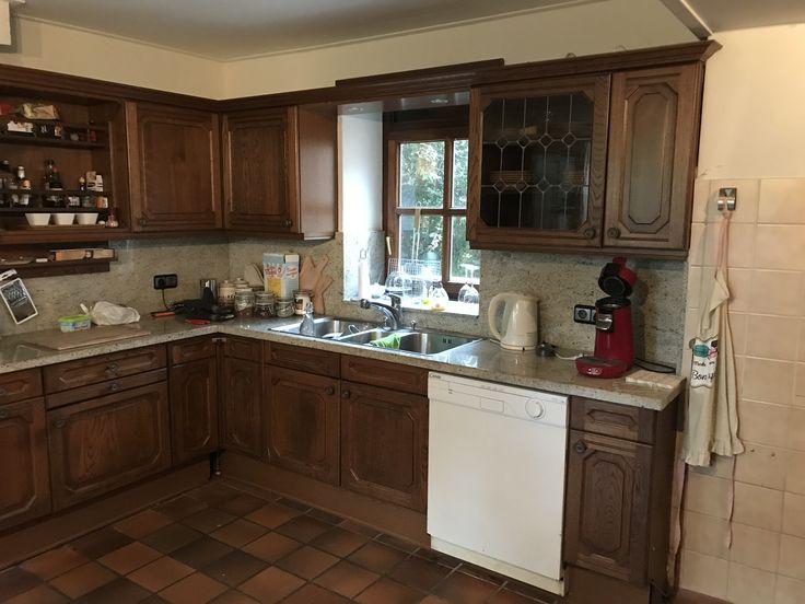 Huidige keuken uitzicht binnenplaats