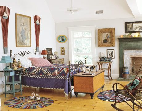 Judi Boisson's home featured in Country Living: Interior Design, Purple Quilt, Quilts, Bedroom Design, Retro Knickknacks, Eclectic Bedrooms, Whimsical Retro, Country Bedrooms, Homemade Rugs