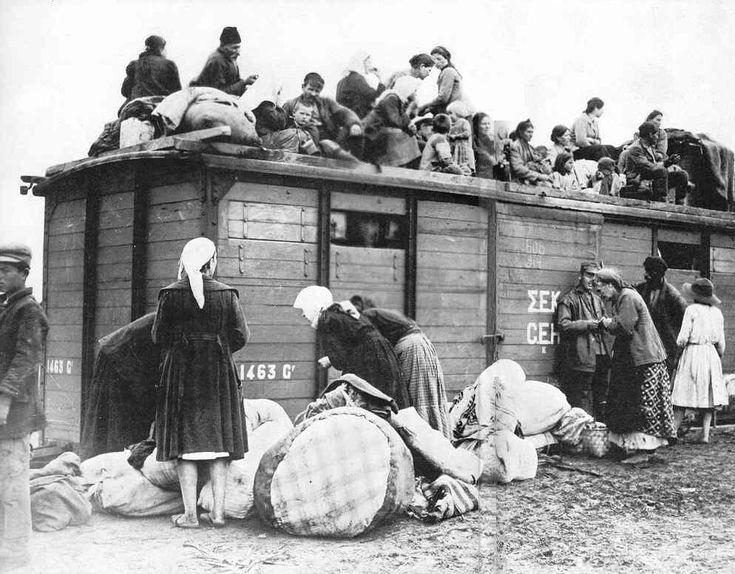 Greeks fleeing Turkey - 1922