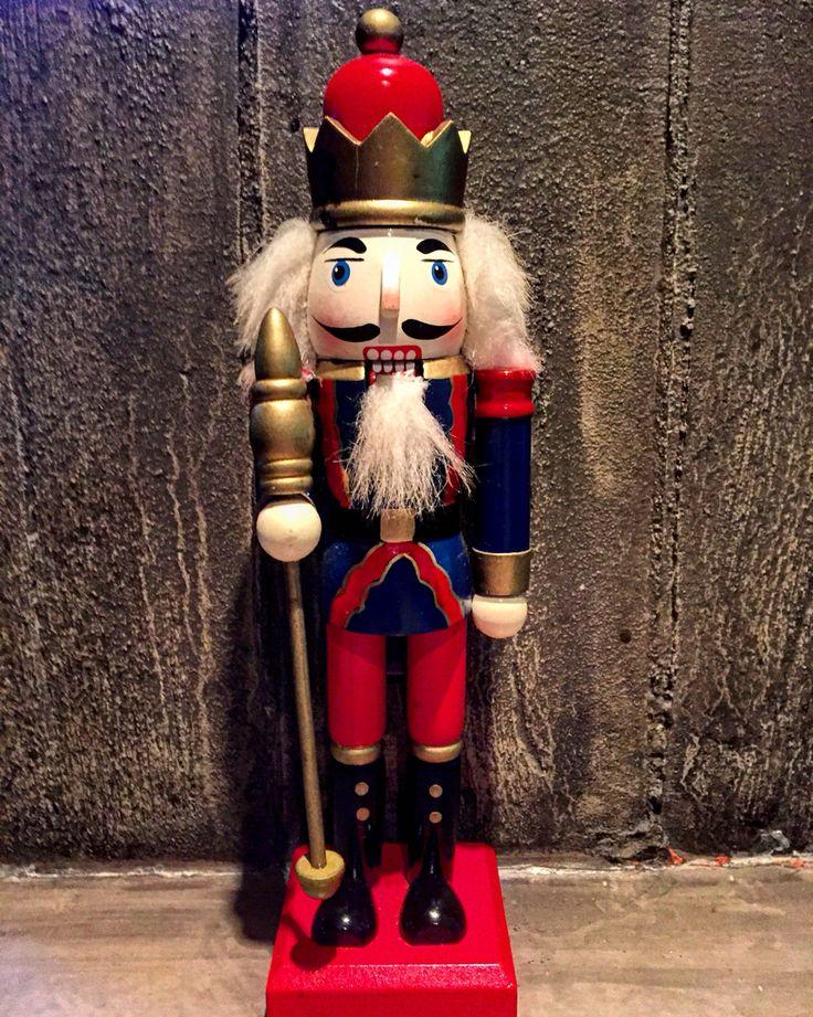 Merry Christmas***** Cinco JSP  Let's rock \m/  #cinco #jsp #japan #spain #peru #nikkei #restaurant #tapas #athens #kolonaki #skoufa #endlessdream #cinco_athens #pisco # #cincoathens #merrychristmas #2016 #cincoteam