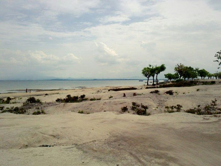 GIli Ketapang Island and its super white sand