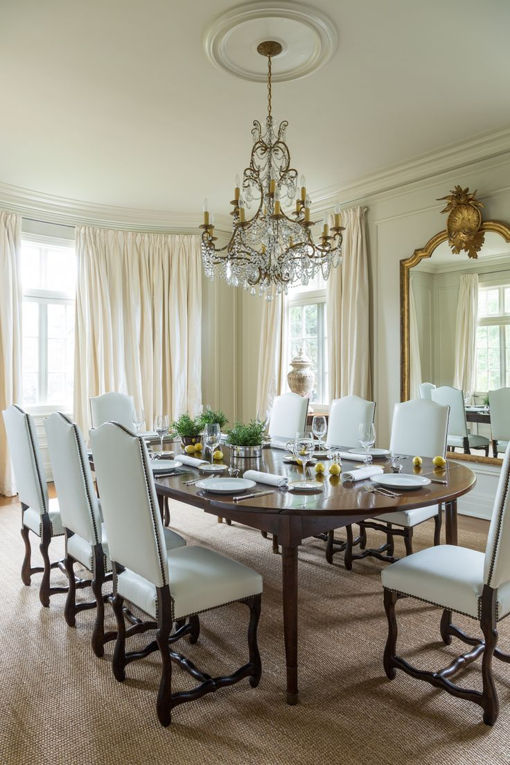 The Dining Room Table And Chairs Are From Karla Katz Antiques On Magazine Street Chandelier Adds A Touch Of Elegance In Clean Crisp
