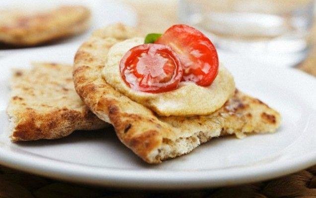 Σπιτικές πίτες για σουβλάκι ή σνακ - iCookGreek