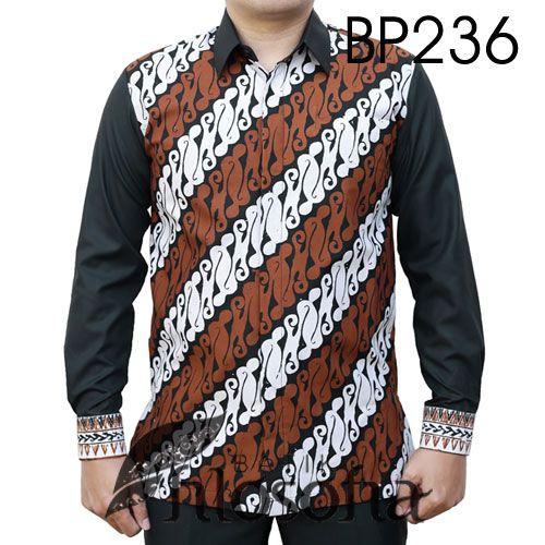 Baju Batik Kombinasi Elegan dengan Kode BP236, merupakan batik cap yang terbuat dari bahan katun. Kombinasi dengan bahan katun. Di bagian dalamnya terdapat furing yang terbuat dari katun. Harga untuk kemeja batik kode 234 ini adalah Rp.300.000