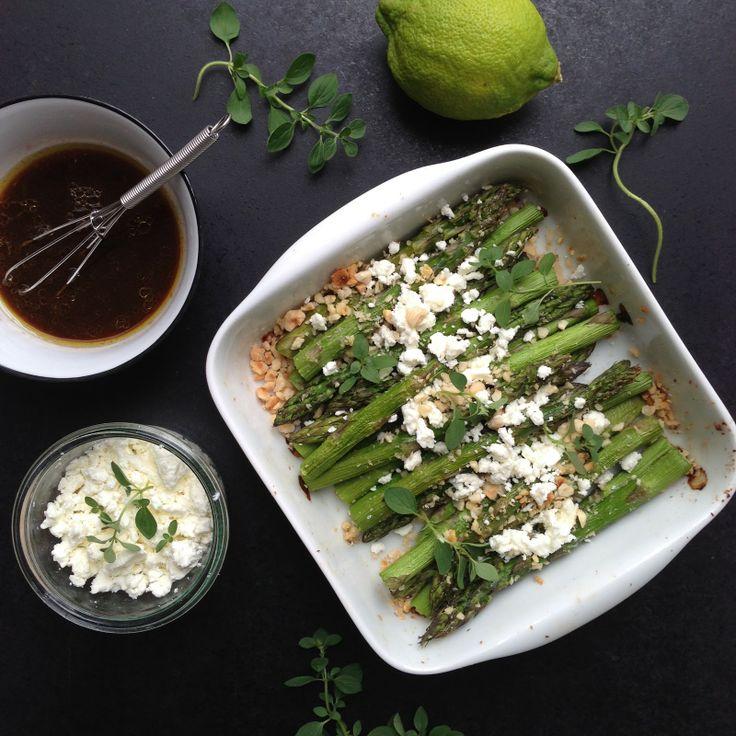 Vanløse blues.....: Grillede asparges med hasselnødder & feta