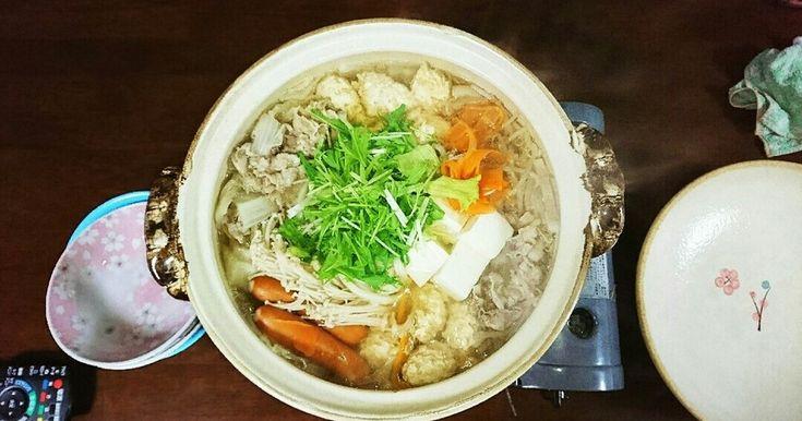 寄せ鍋つゆ人気検索1位感謝です。教わって以来鍋はずっとこれ!基本の鍋スープです。途中からポン酢に味変しても邪魔しません。