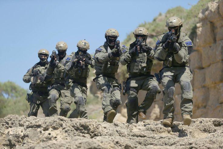 Shayetet the elite naval commando unit