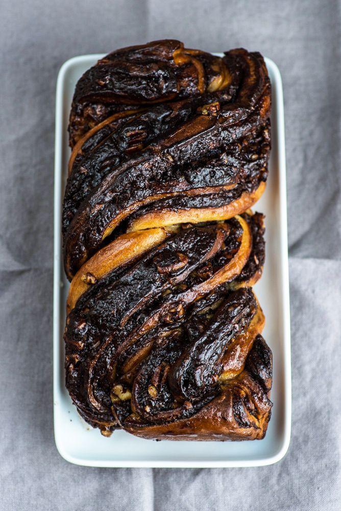 Chocolate Babka Recipe by Yotam Ottolenghi (Jerusalem Cookbook). {photography by Mondomulia}