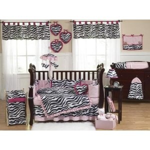 Aside from the BABY bedding I would love to do this in my bedroom. The valances and such NOT the baby stuff. NO MORE BABY STUFF FOR ME!