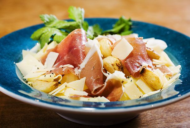 Färsk pasta med parma och parmesan | Recept.nu