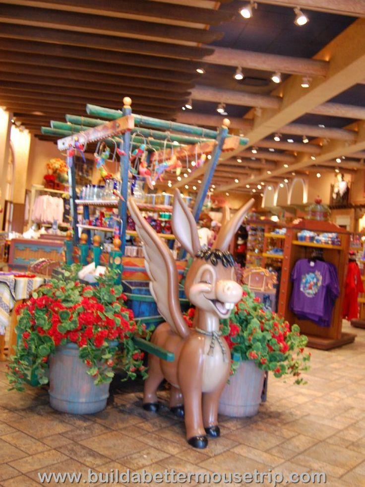 Disney World Hotels: Disney's Coronado Springs Panchitos Gift Shop