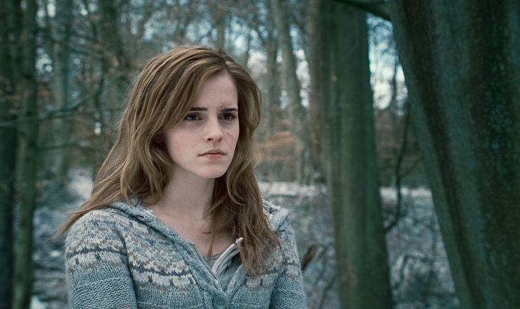 Emma Watson as Hermione Granger in Harry Potter and The Deathly ...
