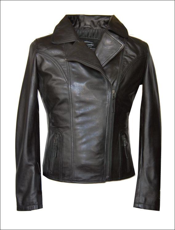 Γυναικείο δερμάτινο μπουφάν   Μοντέλο: ΜΗ-18 Δέρμα: soft nappa  Τιμή: 295€