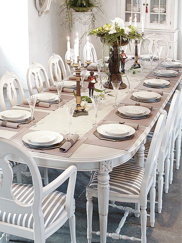 Gustavian dining table and chairs