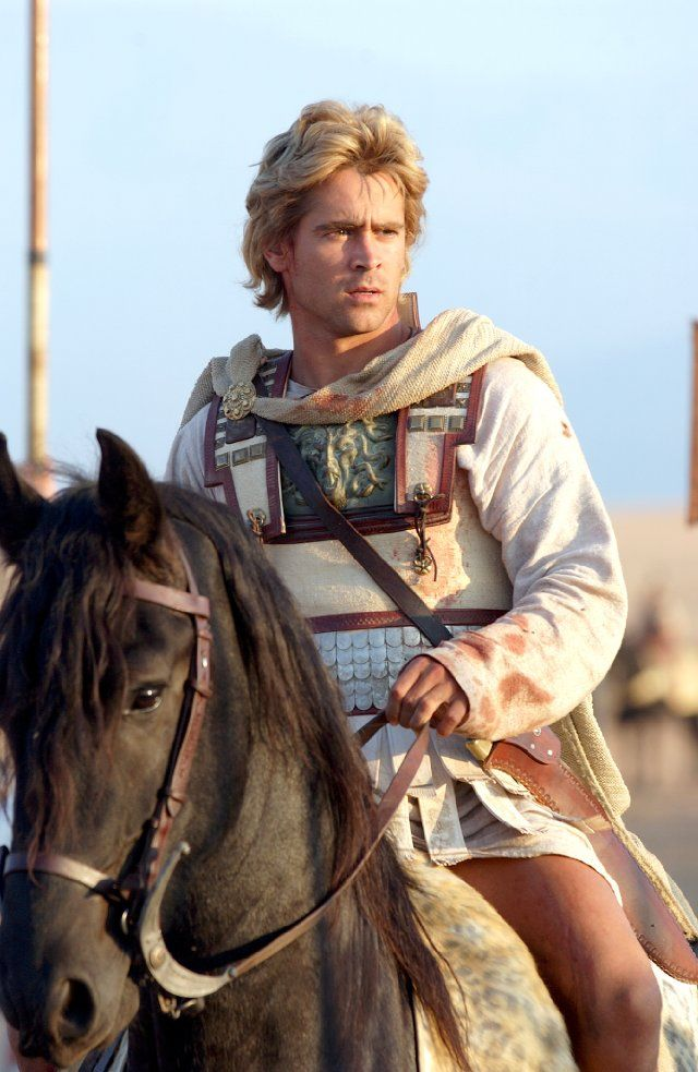 This guy... Colin Farrell, with hair dyed blond for the movie Alexander... looks like Raanan.