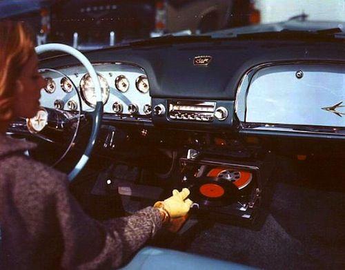 Highway Hi-Fi Phonograph