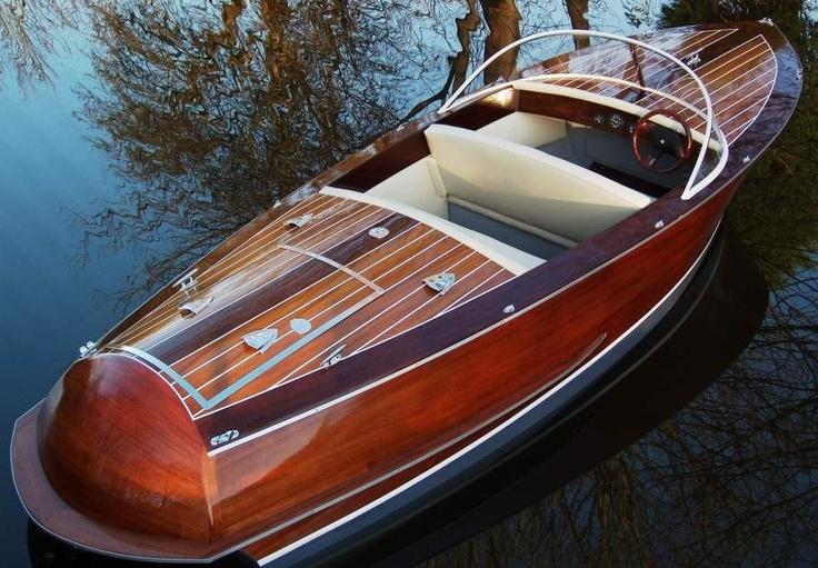 classic boat : runabout CLASSIC 21 Marine Classics