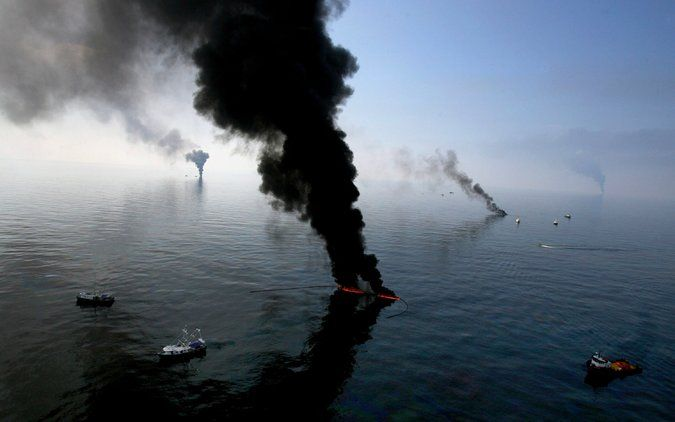 BP Posts Loss as Oil Spill Settlement and Sagging Demand Take Toll - The New York Times