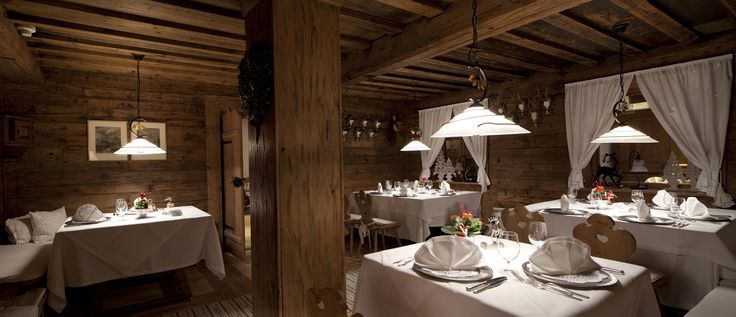 Fine Dining in the Dolomites. Whether you are a sophisticated restaurateur or just a foody who loves to try new things, you are certain to be wowed by the dining experiences in the #Dolomites. | Photo: Ugo Visciani (Hotel Sassongher)  #Dolomiti