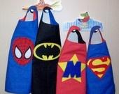 Kids Reversible Superhero Cape & Maske-Wählen Sie 2 Logos-Batman, Spiderman, Superman oder Personalized .. $ 29.00, via Etsy.