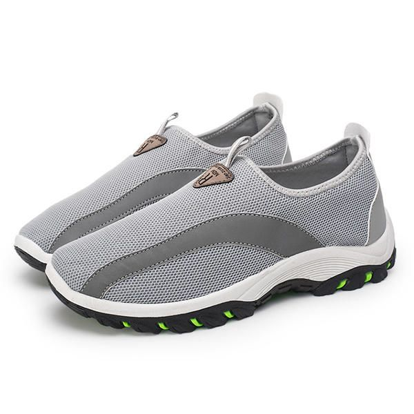 Men Breathable Mesh Hiking Climbing Outdoor Athletic Shoes - US$29.03