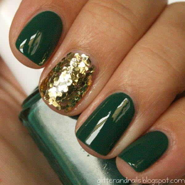 hunter green + gold nails.