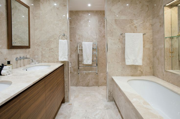 Luxury Master En-suite Interior | JHR Interiors