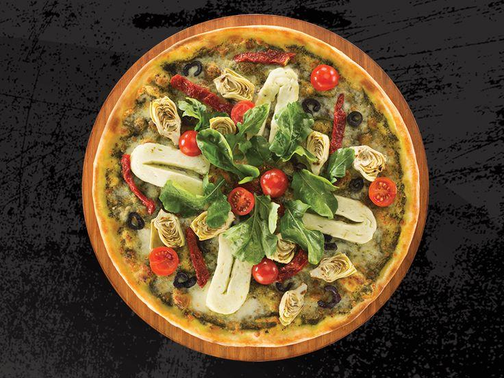 Seventeen Pizza - PİZZA FRESCA - Pesto Sosu, Mozzarella, Hellim, Enginar Kalbi, Kuru Domates,Siyah Zeytin, Roka, Çeri Domates