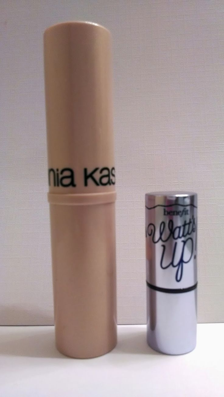The Budget Beauty Blog: Sonia Kashuk Chic Luminosity Highlighter Stick Review Sparkling Sand. Benefit Watts Up Dupe!
