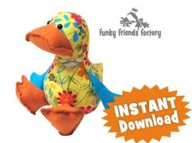 Dilby Duck! Superleuk om te naaien. Het patroon kun je hier kopen: http://www.naaipatronen-voor-knuffels.com/