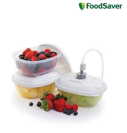 Foodsaver FSC0024 Bussenset 3x 0,7L € 14,95 Bewaar voedingswaren vers verpakt in de vacuümbussen en trommels. De bussen zijn ideaal voor het bewaren van maaltijden, salades, brood, koekjes, chips en nog veel meer. Aan te sluiten op de vacumeermachines