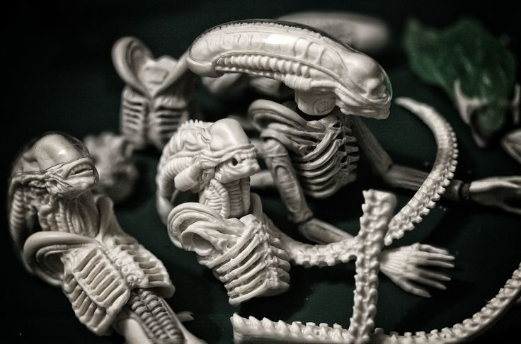 These terrifying Alien action figures will haunt your nightmares | The Verge