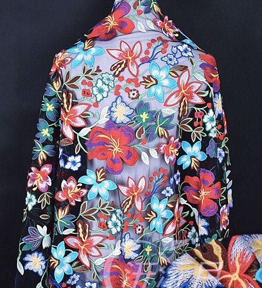 zwarte Tule lace weefsel, kleurrijke geborduurde kant stof met bloemen, zwarte Tule kant met bloemen borduurwerk