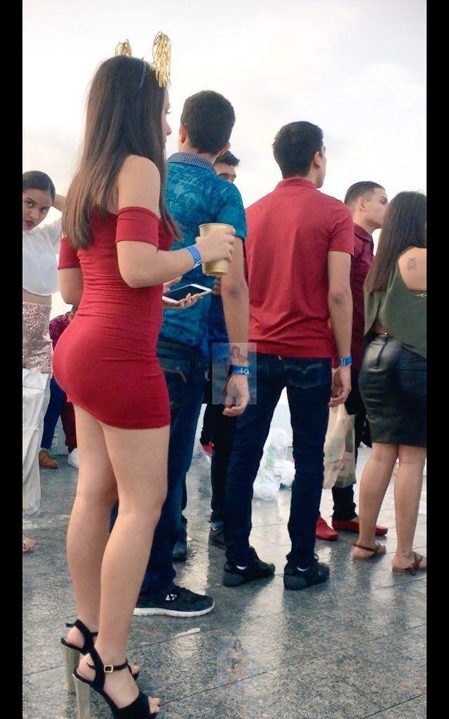 4d50433751 Pin de Loret Moreno en Vestidos faldas minifaldas