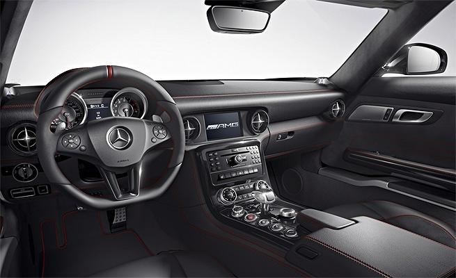 Mercedes SLS ganha versão AMG GT