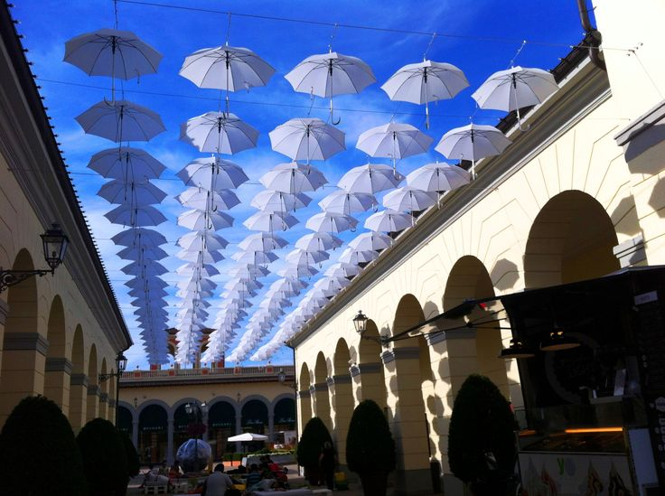 Serravalle outlet, Italy