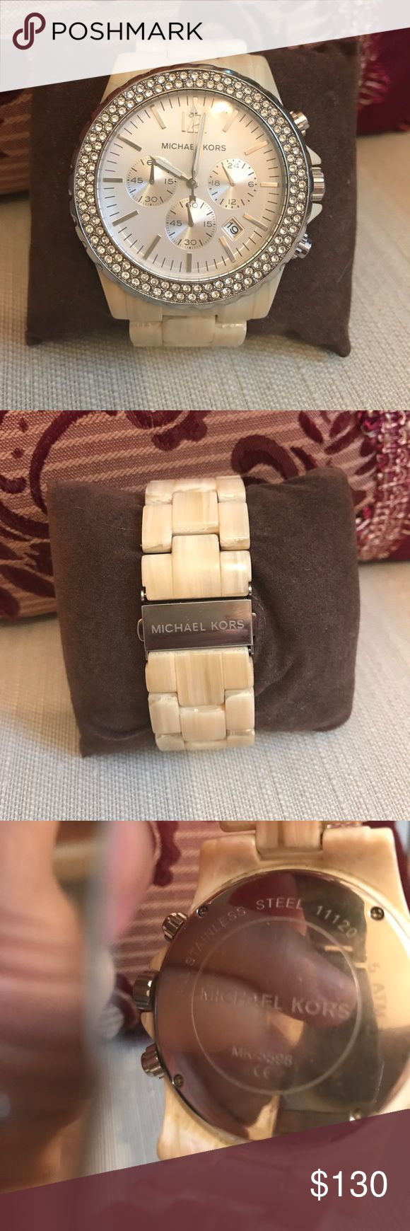 😊Michael Kors Tortoise watch Excellent Condition.  Beautiful silver tone with rhinestone accented face.  A real beauty. Fits an average wrist size.  Big statement face. Michael Kors Accessories Watches