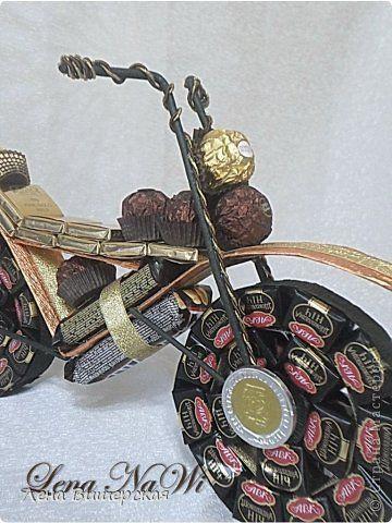 Макет модель Свит-дизайн День рождения День учителя Свадьба Моделирование конструирование Мотцикл Сердце и еще  Бумага гофрированная Ленты фото 4