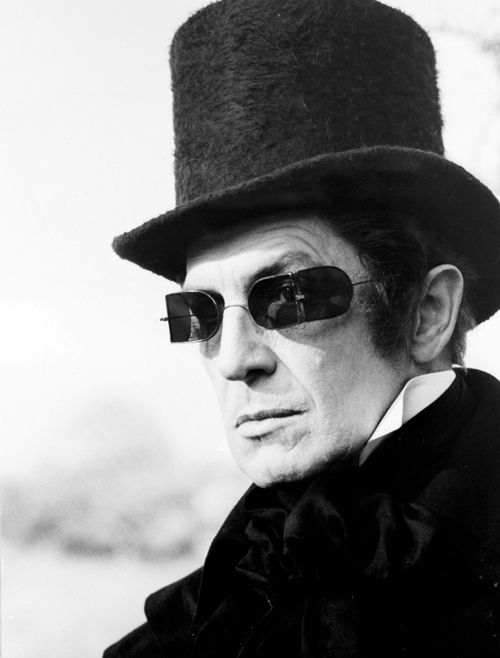 Vincent Price in The Tomb of Ligeia (1964): Price En The Tomb, Ligeia 1964, Vincent Prince, Horror Host, De 1964, Classic Horror, Vincent Price, Price In The Tomb, De Ligeia