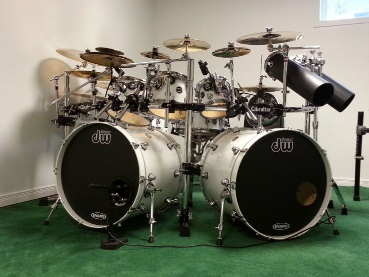 dw double bass drum set it 39 s an 8pc dw drum kits drums diy drums drum kits. Black Bedroom Furniture Sets. Home Design Ideas