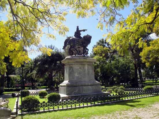 Statue of Theodoros Kolokotronis, the pre-eminent figure of the Greek War of Independence against the Ottoman Rule, in the central park of #Nafplio, #Peloponnese, #Greece