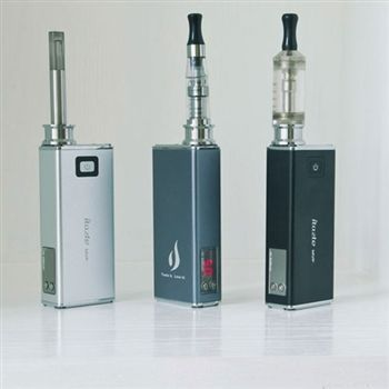 iTaste MVP Portable Vaporizer iTaste MVP iClear30 Dual Coil Clearomizer Kit:1x iTaste MVP1x iClear30 Dual coil Clearomizer 1x USB cable1x Beauty ring1xTransparent carrying caseiTaste MVP features • Myriad compatible ( Thread fit iClear 30, iClear 16, iClear 10, CE4, CE5 ,eGo?T2, T3,VIVI NOVA, 510 etc )